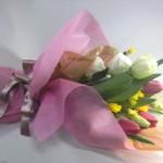 イエーロサルタンとチューリップの花束