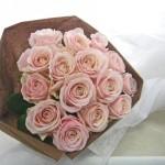 バラ(スイートアバランチェ)の花束