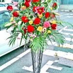 御祝いのスタンド装花