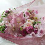 矢車草と百合の花束