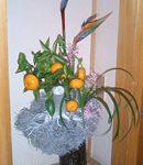 ストレリチアとみかんのアレンジ