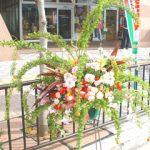 コデマリのスタンド装花