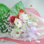 スイートピーとラナンキュラスの花束