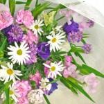 イベリスとマーガレットの花束