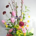 桃と菜の花のアレンジメント