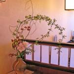 トルコキキョウと木香バラ