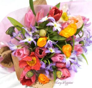 ポピーとリューココリーネの花束full of color