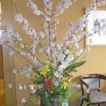 桜を使った生け込みの花