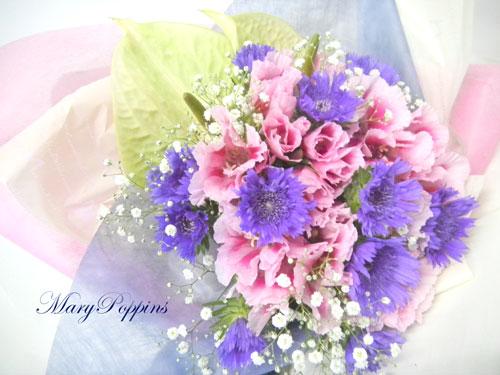 アンスリウムとゴデチアの花束