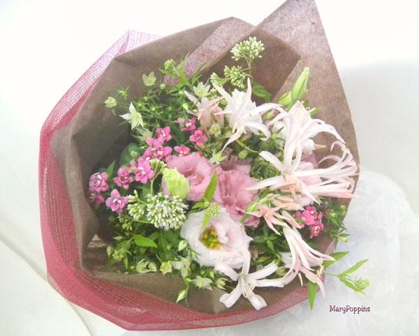 ダイヤモンドリリーとブバルディアの花束