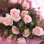 イブニングスターとバラの花束