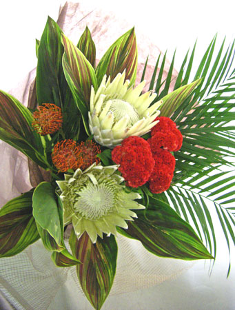 ホワイト・キングプロテアの花束