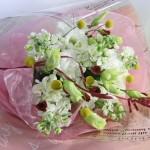 ストックとトルコキキョウの花束