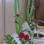 水仙とアザミ